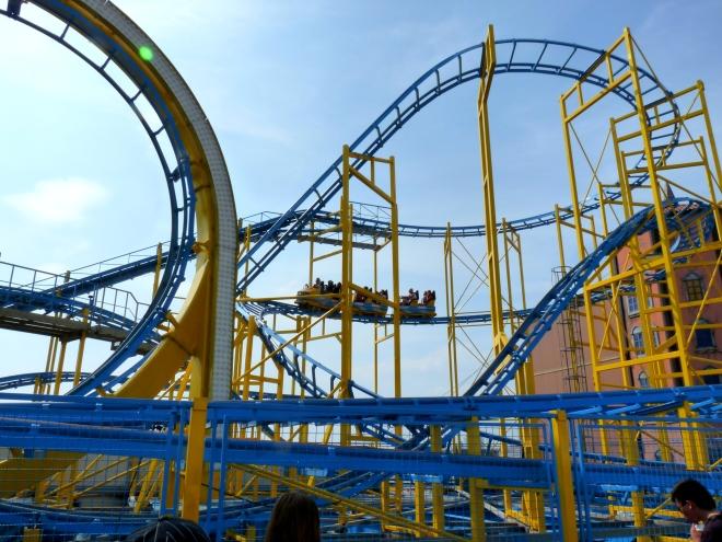 roller-coaster avec Fille aînée inside.